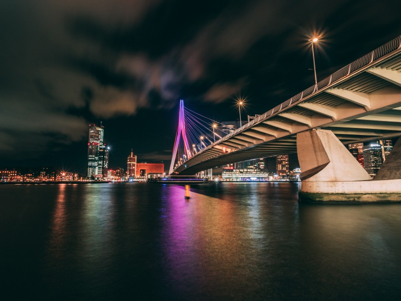Photo by Harold Wijnholds - Erasmusbrug